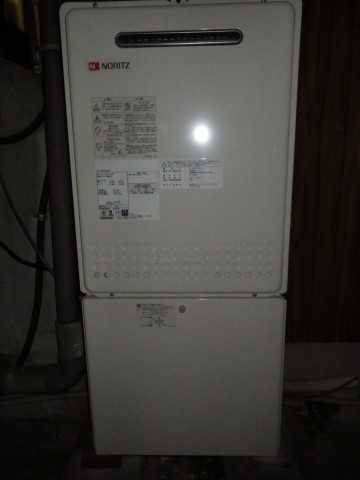 名古屋市中川区 給湯器がきれいに設置