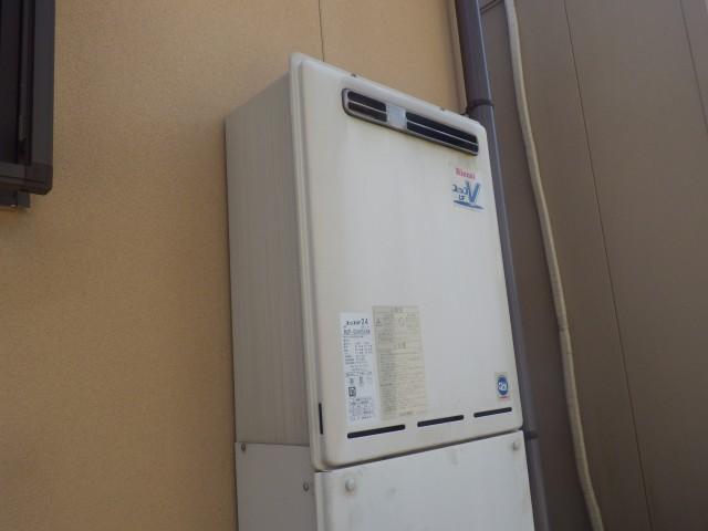 岩倉市 ガス給湯器取替工事(施工前)