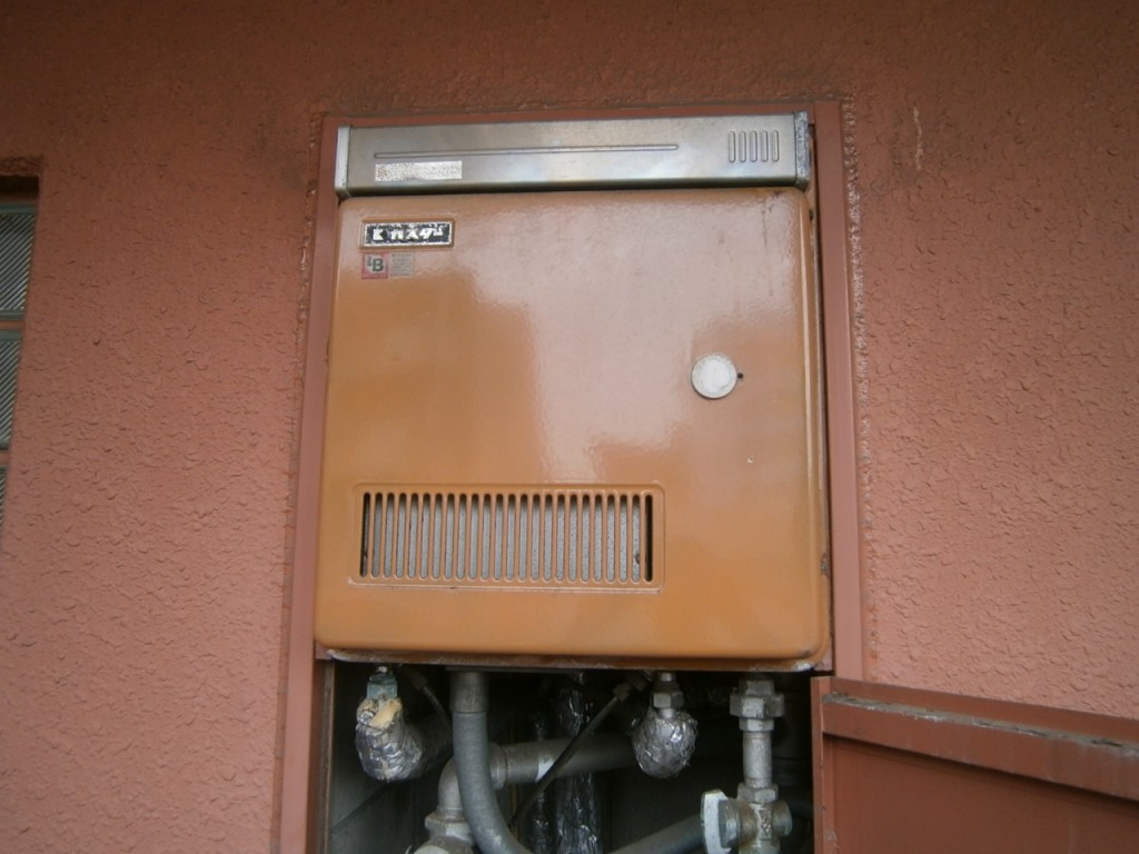 名古屋市中区 ガス給湯器取替工事 施工前