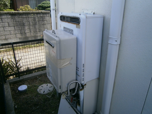 西尾市 ガス給湯器取替工事 施工前