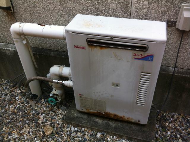 ガス給湯専用給湯器取替工事 施工前