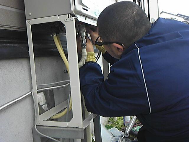エコジョーズ取替工事 配管接続