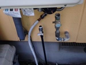 名古屋市中村区 給湯器取替工事 施工事例 施工中
